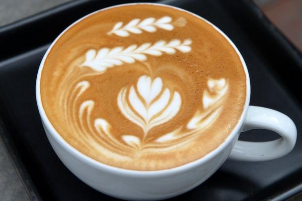 Классический кофе латте по-домашнему